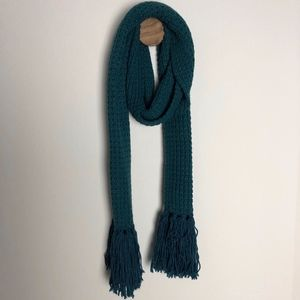 BDG Chunky Knit Scarf